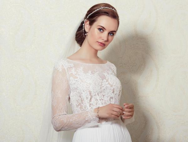 Spitzenoberteil Braut